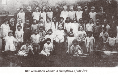 Class photo of the thirties