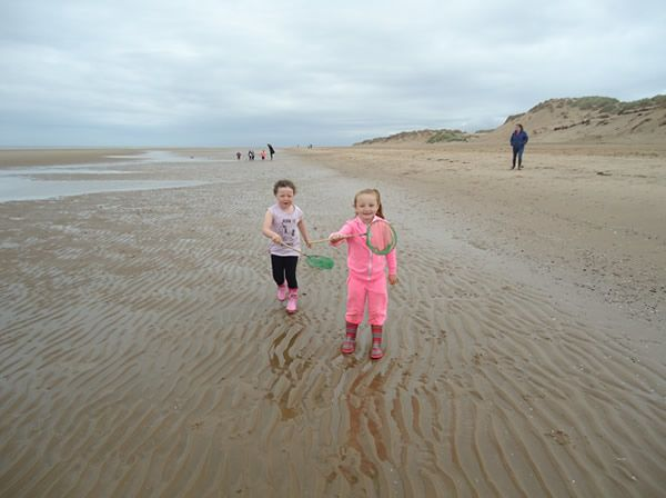Reception Class visit to Formby Beach - July 2017 15