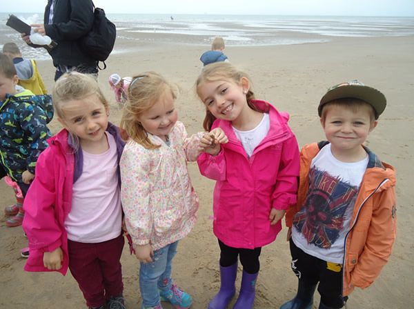 Reception Class visit to Formby Beach - July 2017 5
