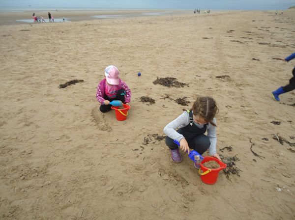 Reception Class visit to Formby Beach - July 2017 9