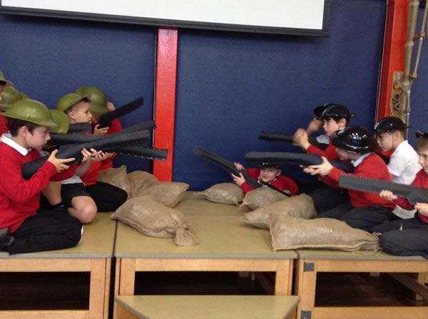 Year 3 performed an assembly for WW1 2