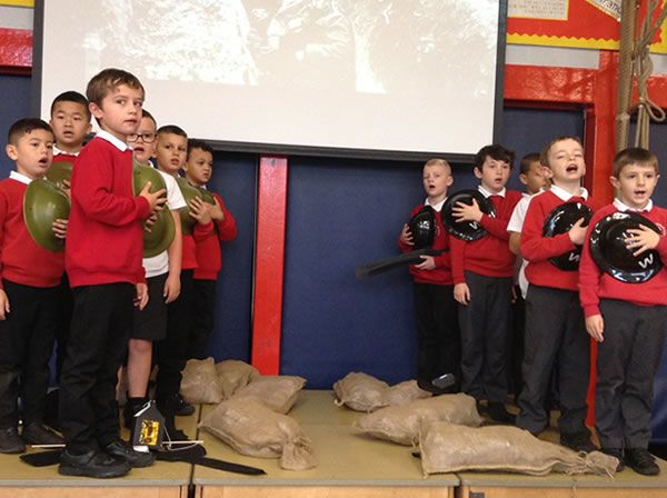 Year 3 performed an assembly for WW1 3