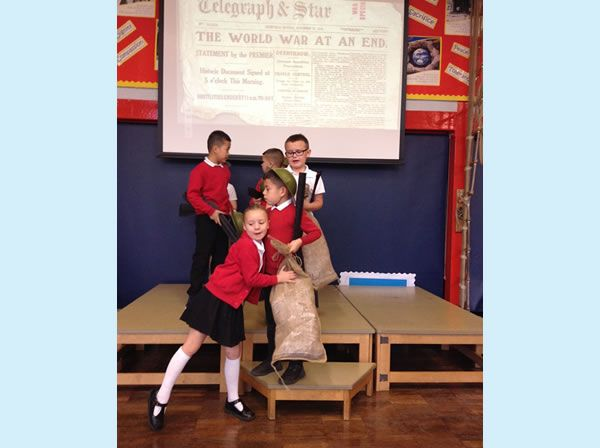 Year 3 performed an assembly for WW1 4