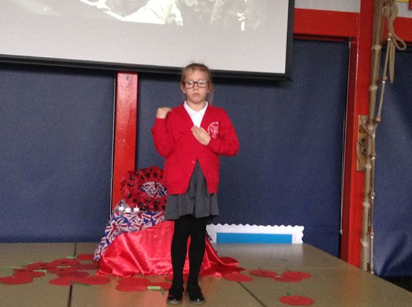 Year 3 performed an assembly for WW1 5