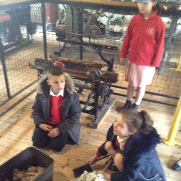 Year 3 visit Quarry Bank Mill - May 2019 7